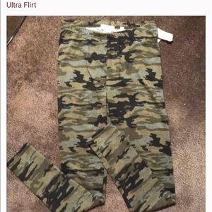 Ultra flirt camouflage leggings
